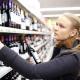 Jeune dame devant vin de Vienne
